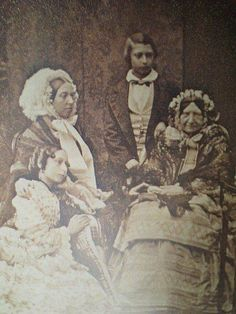 This is an 1856 daguerreotype of Queen Victoria, Princess Alice, Edward Prince of Wales, and Princess Mary. Princess Mary was born in How cool! Victoria is holding her hand? Queen Victoria Children, Queen Victoria Family, Queen Victoria Prince Albert, Victoria Reign, Victoria And Albert, Princess Victoria, Princess Alice, Princess Mary, Queen Elizabeth