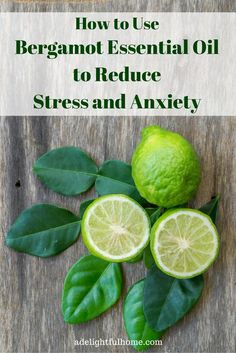 How to Use Bergamot Essential Oilto ReduceStress and Anxiety Anxiety Tips, Stress And Anxiety, Young Living Oils, Young Living Essential Oils, Herbal Remedies, Natural Remedies, Oil For Headache, Essential Oils For Headaches, Citrus Oil