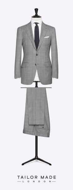 Tailor Made London Light Grey 2-piece suit.