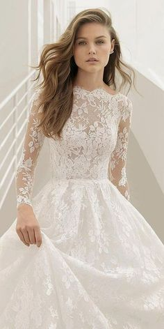 White bride dresses. All brides imagine finding the perfect wedding, however for this they require the best wedding outfit, with the bridesmaid's dresses enhancing the wedding brides dress. Here are a number of tips on wedding dresses.