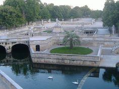 Nimes Jardin de la Fontaine.jpg