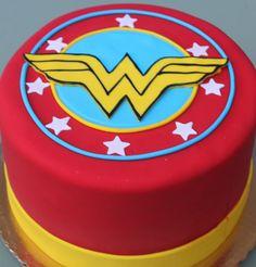 Wonder Woman! Round cake