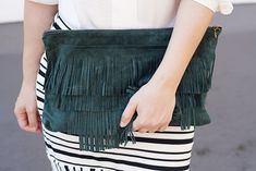 Sew a trendy DIY fringe clutch with this step-by-step tutorials. It's easier than you might think!