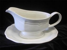 MIKASA~Gravy Boat & Underplate in French Countryside by Mikasa~EXCELLENT  CONDIT #MIKASAGravyBoatUnderplateinFrenchCountrysi