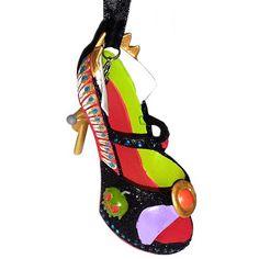 Evil Queen - Disney's Runway Shoe Ornament Collection Disney Heels, Disney Princess Shoes, Disney Shoe Ornaments, Disney Christmas Decorations, Crazy Shoes, Me Too Shoes, Disney Evil Queen, Irregular Choice Shoes, Disney Fun