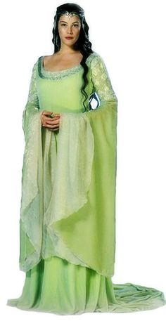 Liv Tyler as Arwen from Lord of the Rings Costume Arwen, Hobbit Costume, Liv Tyler, Movie Costumes, Cool Costumes, Costumes For Women, Costume Ideas, Halloween Costumes, Green Movie