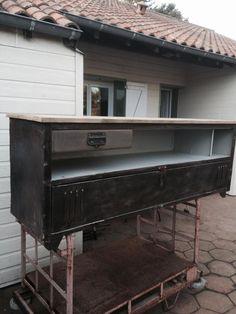 Annecy meuble tv style industriel ancien vestiaire patin for Petit buffet industriel