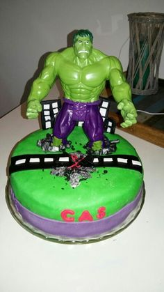 hulk taart 10 best eigen taarten images on Pinterest | Baby showers, Baby  hulk taart