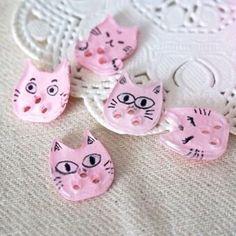 ねこボタン  #button #ボタン  #handmade #手作り  #cat #ねこ www.catstyleshop.wix.com/catstyle