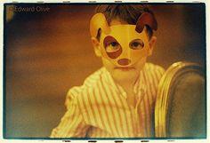 Portrait of boy in wedding - Edward Olive reportajes de fotos artisticas de bodas