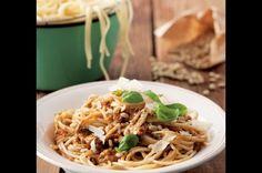 Špagety s pestem z rajčat | Apetitonline.cz
