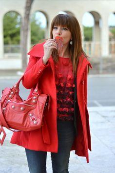 Don't Call Me Fashion Blogger!: Petali rossi per me
