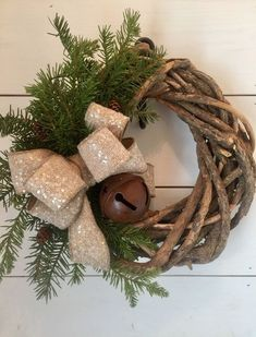 Rustic Christmas wreath, farmhouse Christmas decor, Winter wreath - by MercantileAtMulberry on Etsy https://www.etsy.com/listing/551039347/rustic-christmas-wreath-farmhouse