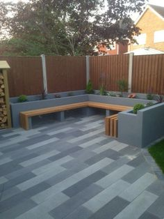 Outdoor room and bench backyard patio designs, yard design, small backyard landscaping, modern Backyard Seating, Backyard Patio Designs, Small Backyard Landscaping, Garden Seating, Outdoor Seating, Floor Seating, Backyard Planters, Garden Benches, Diy Planters