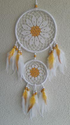 Crochet Tablecloth Pattern, Free Crochet Doily Patterns, Crochet Mandala, Crochet Doilies, Dream Catcher Mandala, Black Dream Catcher, Dream Catcher Boho, Crochet Dreamcatcher, Crochet Wall Hangings