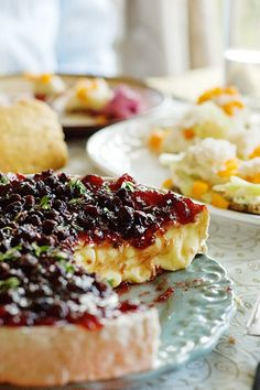 Wild Cranberry Sauce-topped Brie