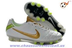 674b7f91bf7f Nike Tiempo Legend IV FG Blanc Or FT3352 Girls Soccer Cleats