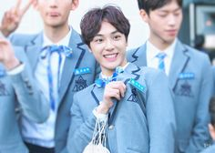 주학년 (Joo Haknyeon) Joo Haknyeon, Produce 101, Boy Groups, Entertaining, Boys, Idol, Twitter, People, Baby Boys