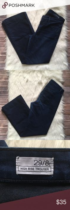 Gap High Rise Trousers Lightly worn no flaws   Waist-16 1/2 inches  Rise-9 1/2 inches  Inseam-31 1/2 inches   NO HOLDS  NO TRADES NO MODELING GAP Jeans