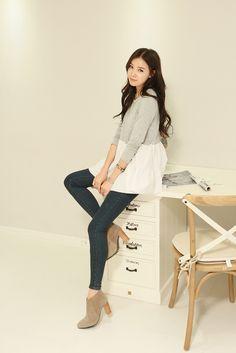Korean Fashion Online, Womens Fashion Online, Asian Fashion, Pop Fashion, Fashion Models, Fashion Outfits, Couple Girls, Discount Womens Clothing, Online Shopping Mall
