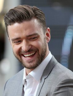 Justin Timberlake that smile! I love him <3 I don't even know which part on him is my favorite