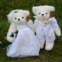 This pair of beautiful classic styling wedding couples can be used to decorate wedding cars and new wedding room. Description from evtoys.com. I searched for this on bing.com/images