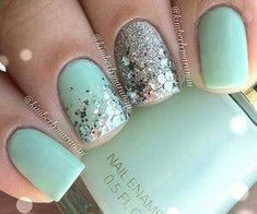 sparkley accent nail with blue nails. really love the half blue / half glitter… - #accentnails #accent #nails