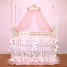 Gorgeous Nursery Bedding Possibility.