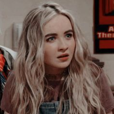 Many people believe that there is a magical formula for home decoration. You do things… Sabrina Carpenter, Alex Russo, Girl Meets World, Hart Icon, World Icon, Millie Bobby Brown, Tumblr Girls, Celebs, Celebrities