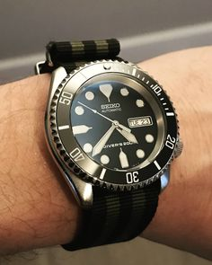 Breitling Watches, Timex Watches, Wrist Watches, Longines Watch Men, Diesel Watches For Men, Relic Watches, Seiko Skx, Mens Digital Watches, Mens Gadgets