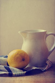 """Limón y jarra by Aramol"""", via Flickr"""