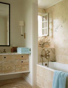Beach chic, de Givenchy home, Design by Tom Scheerer, Photo by Eric Boman, Bathroom