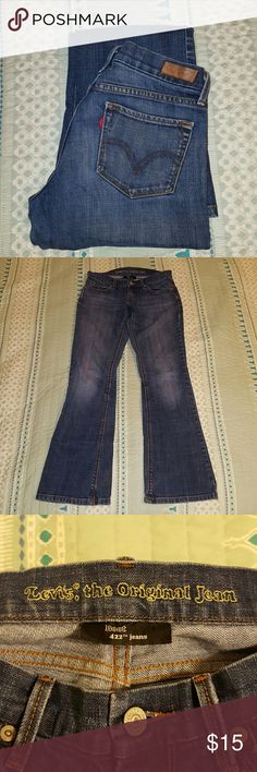 Levi's boot cut jeans *Medium wash Levi's boot cut jeans *Good condition; no rips or stains *99% cotton, 1% spandex  🔹Offers welcome!  🔹Bundle for 15% savings! 🔹No trades Levi's Jeans Boot Cut