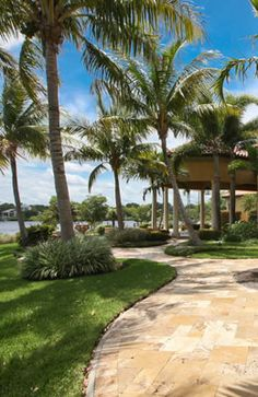 http://www.waterfront-properties.com/palmbeachgardensrealestate.php