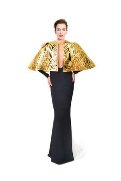 - Stephane Rolland Haute Couture 2016 An affair with gold ❤️                                                                                                                                                      More