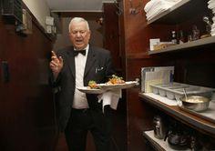 Картинки по запросу old waiter