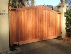 T/&G WOODEN GARDEN SIDE GATE STRONG BRACED PANELLED GATES ATRACTIVE DESIGN