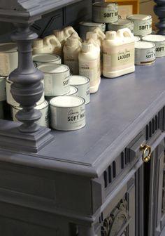 Chalk Paint™ decorative paint by Annie Sloan: Old Violet
