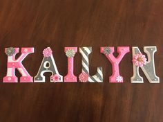 45 Ideas Diy Baby Decor Name Wooden Letters Painting Wooden Letters, Wooden Wall Letters, Painted Wood Signs, Painted Letters, Decorated Wooden Letters, Wooden Names, Baby Decor, Kids Decor, Nursery Decor