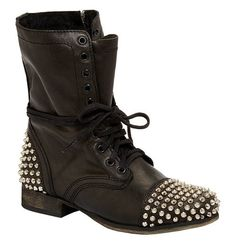 Steve Madden gives us an everyday boot with an edge