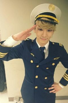 SHINee member Key shared a photo after his 'Catch Me If You Can' musical performance.