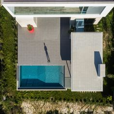 Image 8 of 37 from gallery of House Obidos / Russell Jones Architects + RSM arquitecto. Photograph by Joao Morgado