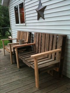 Benches made from recycled pallet furniture