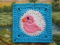 Link to free pattern under pic (pattern for bird)