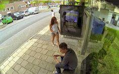ΠΟΛΥ ΓΕΛΙΟ!! Απίθανη φάρσα με Photoshop σε στάση λεωφορείου (video) - http://www.kataskopoi.com/104651/%cf%80%ce%bf%ce%bb%cf%85-%ce%b3%ce%b5%ce%bb%ce%b9%ce%bf-%ce%b1%cf%80%ce%af%ce%b8%ce%b1%ce%bd%ce%b7-%cf%86%ce%ac%cf%81%cf%83%ce%b1-%ce%bc%ce%b5-photoshop-%cf%83%ce%b5-%cf%83%cf%84%ce%ac%cf%83%ce%b7/