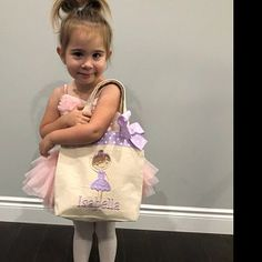 Tammy Thomas, Ballet Shows, Baby Frocks Designs, Sewing Projects For Beginners, Kids Bags, Baby Crafts, Big Kids, Bag Making, Tote Bag
