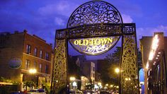 Old Town Walking Tour @ Old Town (Chicago, IL)
