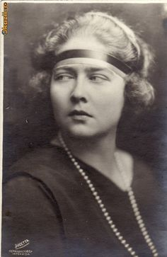 Alexander I of Yugoslavia & Princess Marie (Mignon) of Romania Royal Family Trees, Queen Mary, Kaiser, Ferdinand, Queen Victoria, Old World, Marie, Royalty, Granddaughters