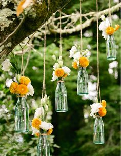 This is such a simple but also beautiful idea for either a shower or even a wedding. The flowers that could be used are endless :)