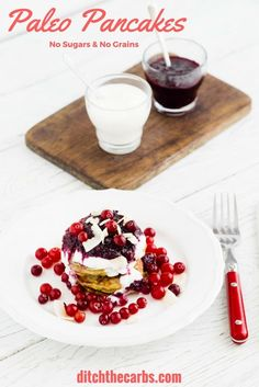 4 ingredient, super easy paleo pancakes that are grain free and sugar free. They are lower in carbs than regular pancakes, and a healthy alternative to the processed store bought ones. | ditchthecarbs.com via @ditchthecarbs